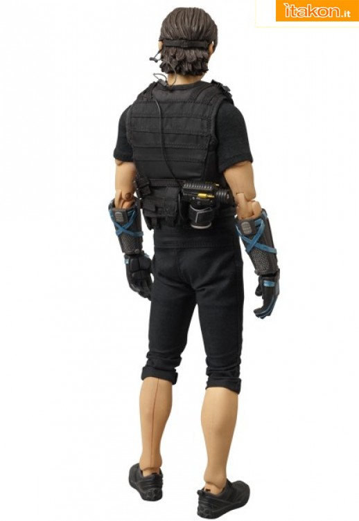 Medicom Toy: RAH MISSION IMPOSSIBLE GHOST PROTOCOL - Ethan Hunt