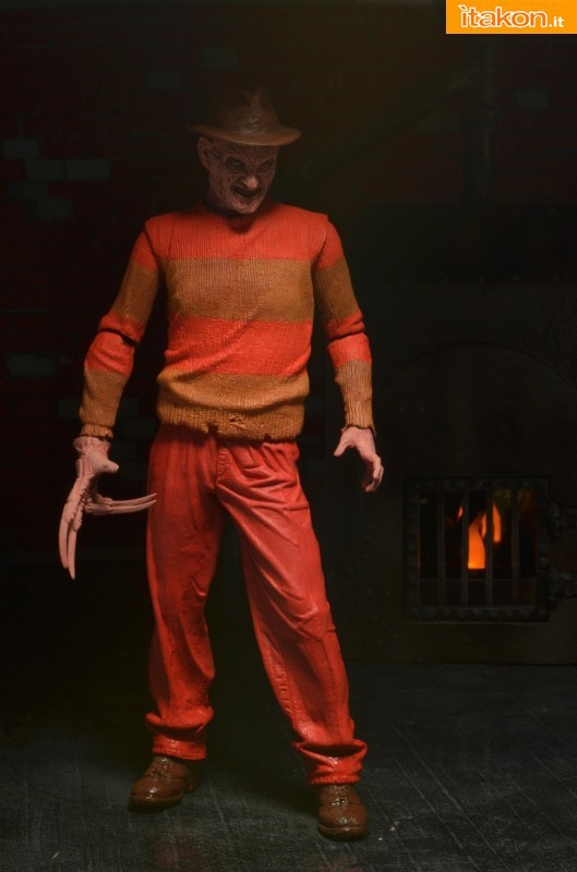 [NECA] A Nightmare On Elm Street: Freddy Krueger NES version  Freddy-Krueger-NES-Version-006-529x800