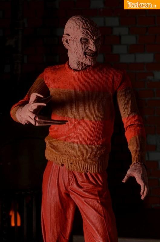 [NECA] A Nightmare On Elm Street: Freddy Krueger NES version  Freddy-Krueger-NES-Version-009-529x800