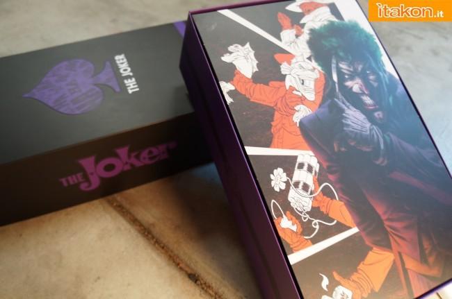 [Sideshow] DC Comics: Joker 1/6 scale - LANÇADO!!! - Página 4 The-Joker-16-scale-figure-di-Sideshow-3-650x431