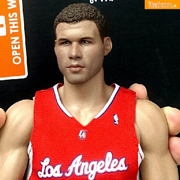 [Enterbay] NBA Real Masterpiece: Blake Griffin (Los Angeles Clippers) 1229847_624731760900780_1752239053_n