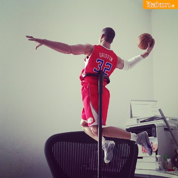 [Enterbay] NBA Real Masterpiece: Blake Griffin (Los Angeles Clippers) 232127q1boswf3zwsfy7or