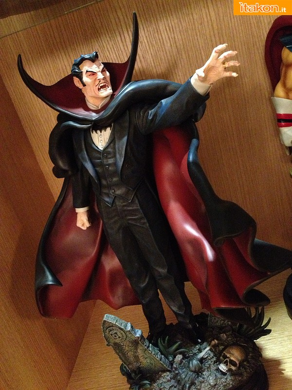 [Bowen] Marvel Dracula Statue - Página 2 Dracula-Statue-di-Bowen-Designs-Prime-Foto-Live-11