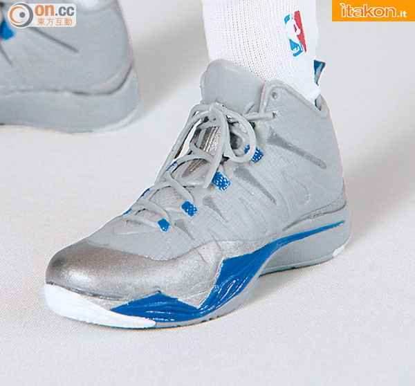 [Enterbay] NBA Real Masterpiece: Blake Griffin (Los Angeles Clippers) Enterbay-Blake-Griffin-16-Real-Masterpiece-15