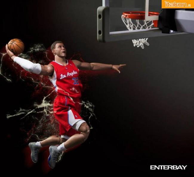 [Enterbay] NBA Real Masterpiece: Blake Griffin (Los Angeles Clippers) Enterbay-Blake-Griffin-16-Real-Masterpiece-4-650x592