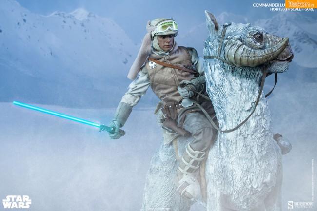 [Sideshow] Star Wars: Commander Luke Skywalker - Hoth Sixth Scale Figures B11-650x433