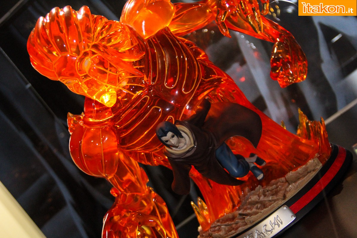 """Le Topic du """" Je suis heureux """"  Itachi-naruto-hqs-statue-tsume-37"""