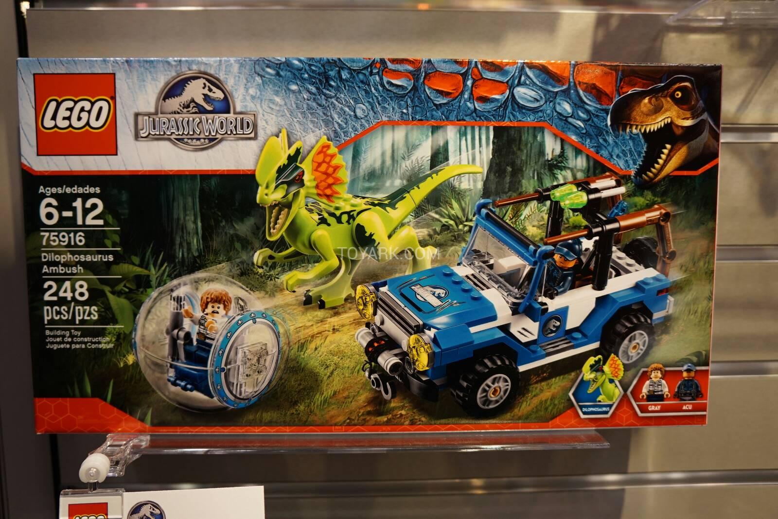 Toy-Fair-2015-LEGO-Jurassic-World-001 - itakon.it