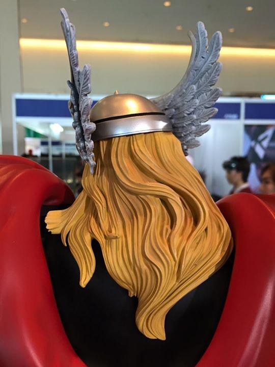 Premium Collectibles : Thor - Comics version  - Page 5 9