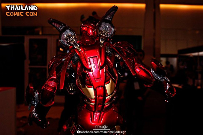 Premium Collectibles : Iron man MK VII - Page 3 B24-650x433