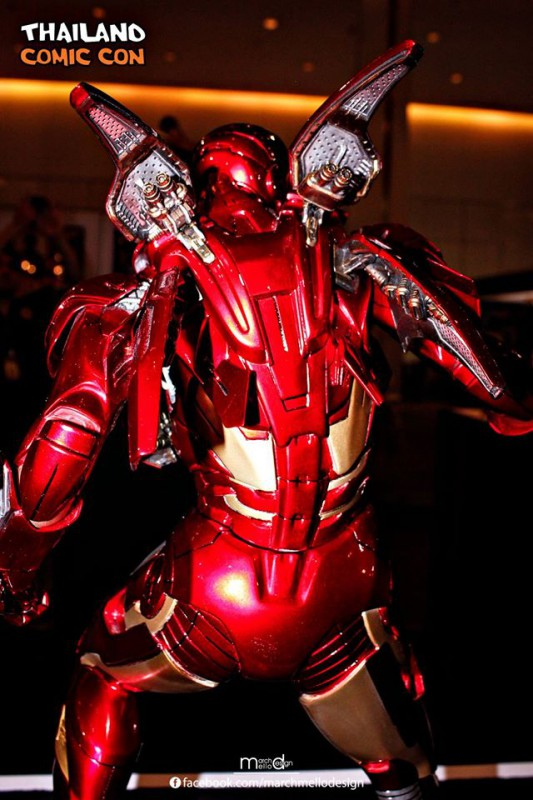 Premium Collectibles : Iron man MK VII - Page 3 B36-533x800
