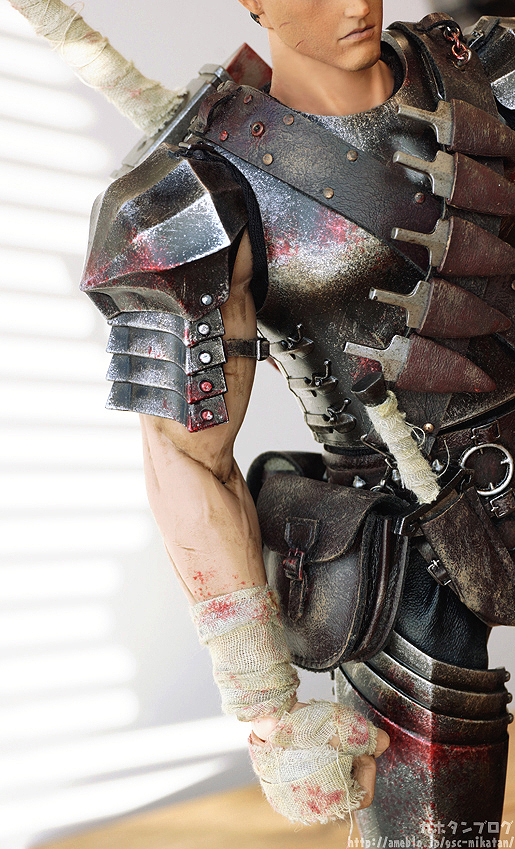 Link a Guts Black Swordsman – Berserk – ThreeZero gallery 03
