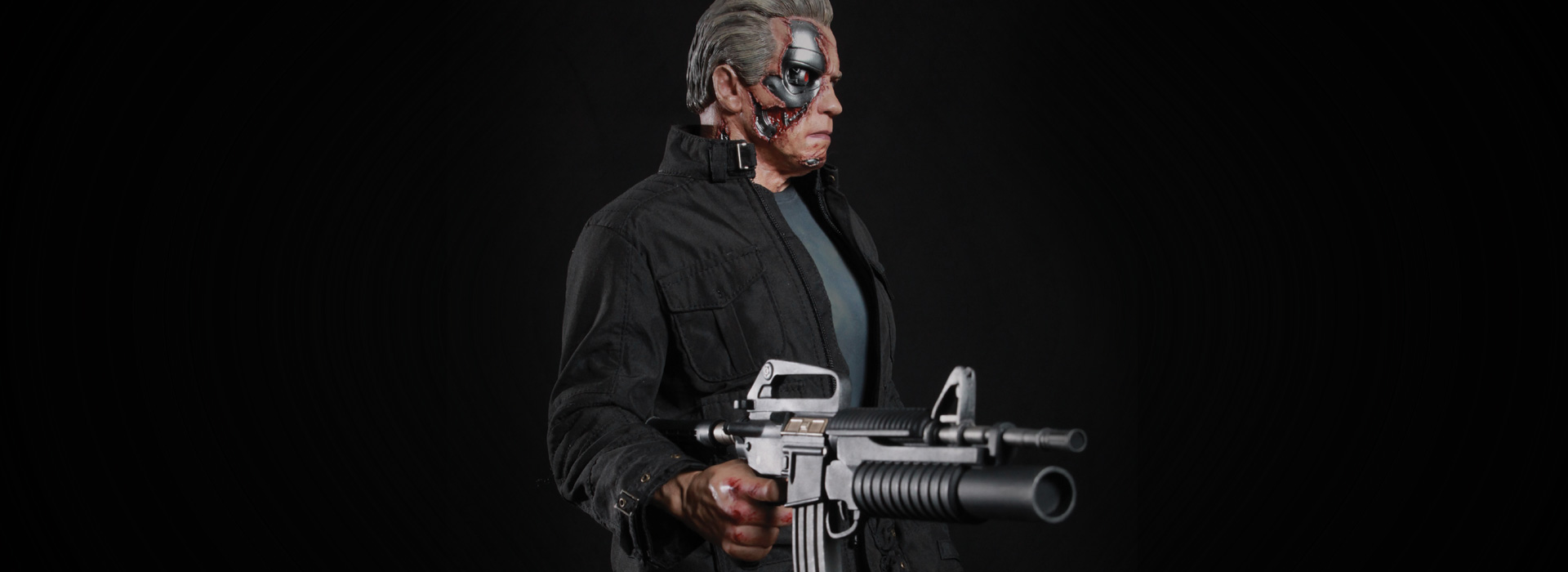 Link a Terminator-Genisys-Guardian-T-800-Statue-008