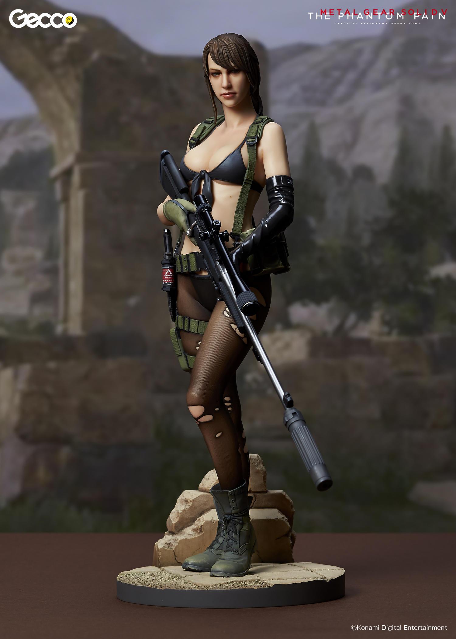 Link a Geco-MGSV-Quiet-Statue-002