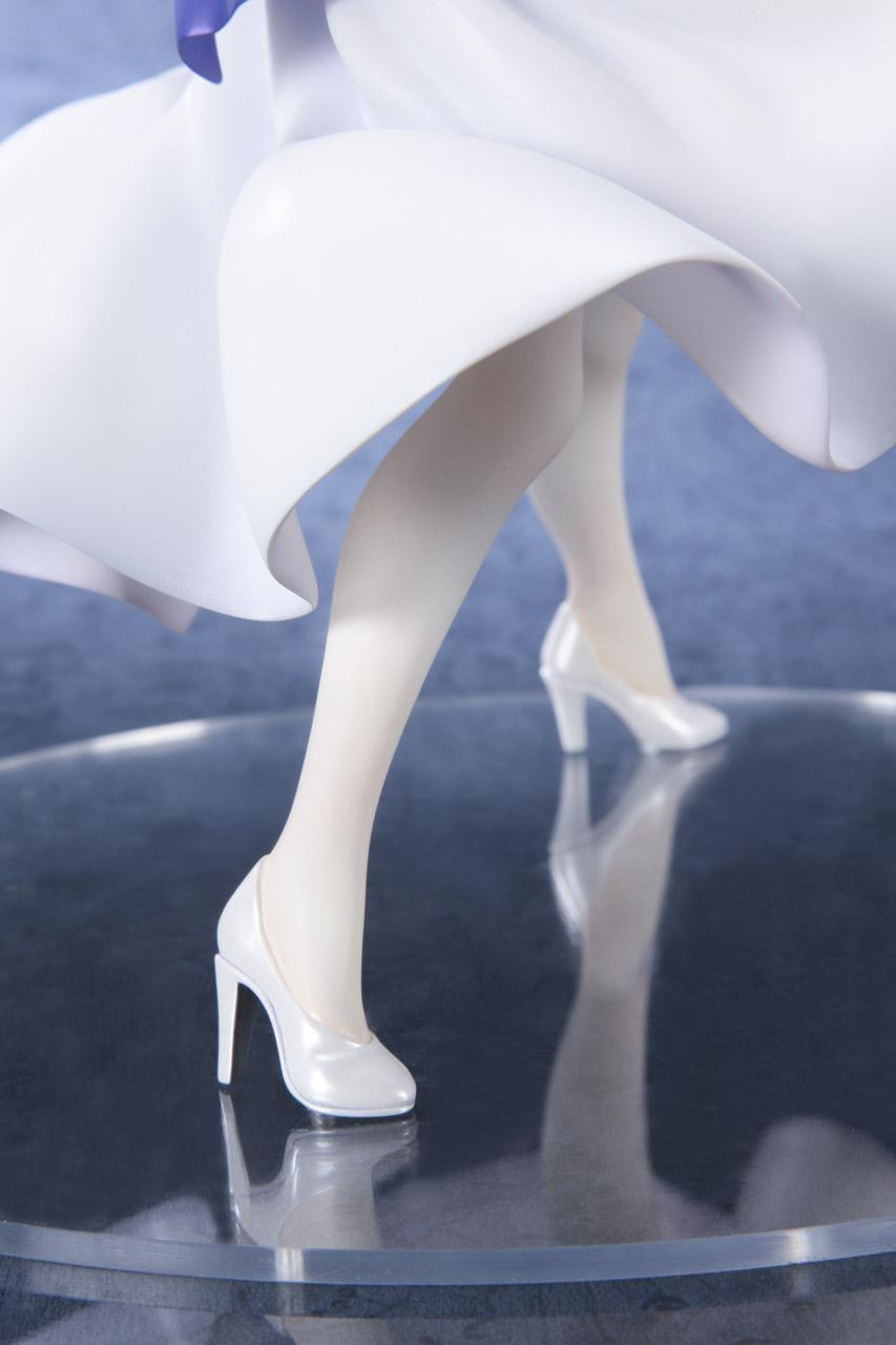 Link a Saber Shiro Dress BellFine pre 06