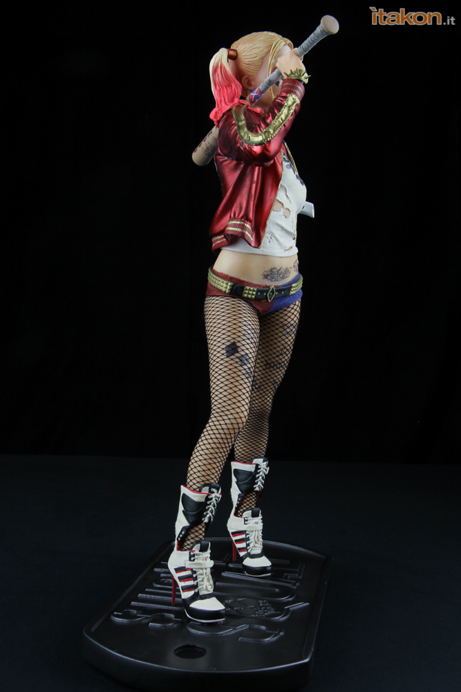 Link a harley_quinn_suicide_squad_dc_collectibles43