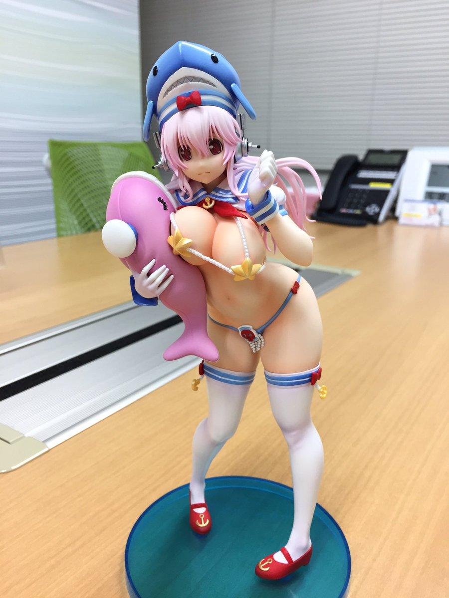 Link a Sonico Tsuji Santa Dolphin 01