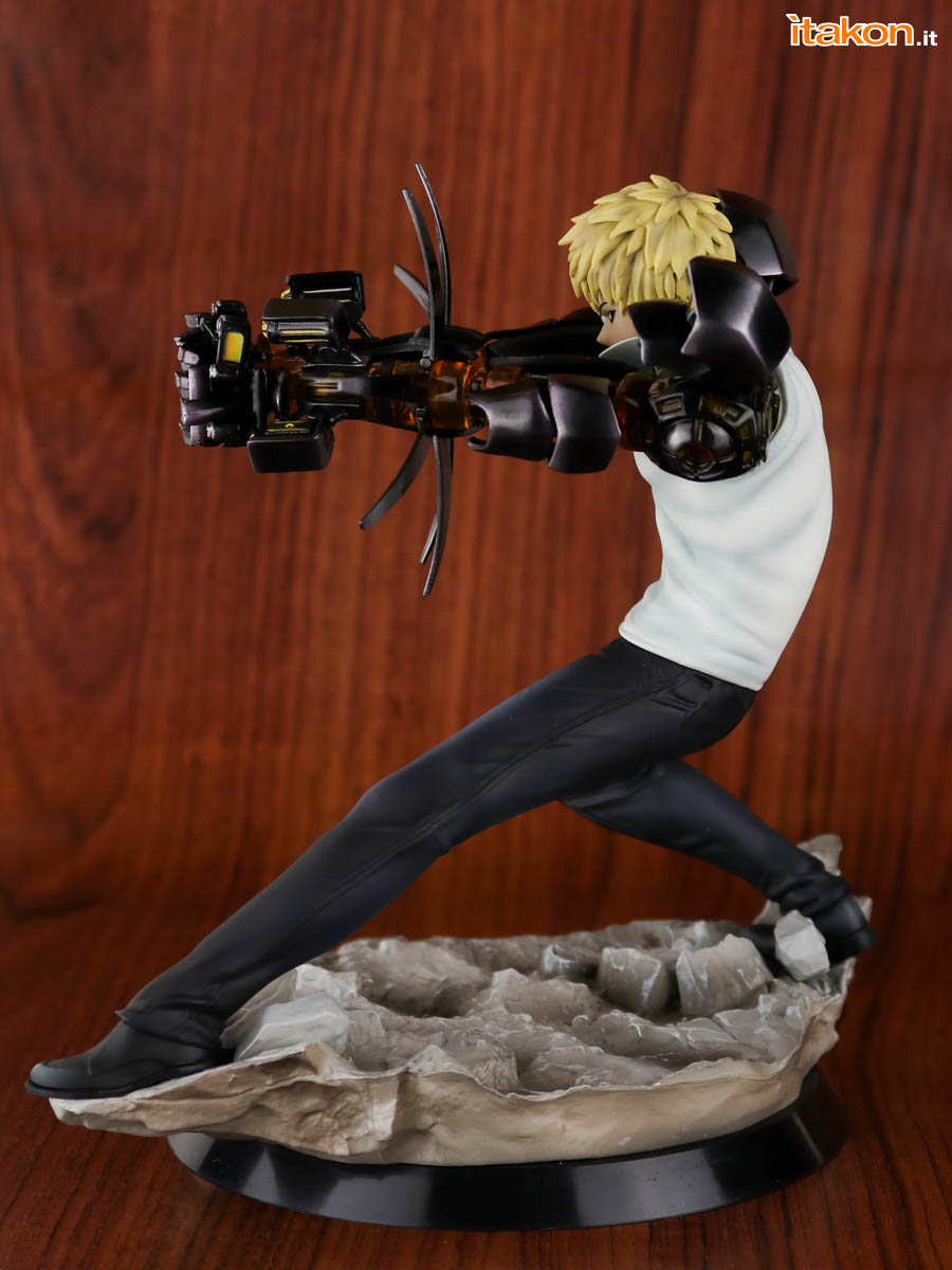 Link a Tsume_OPM_Genos_Xtra_Itakon_Review-13