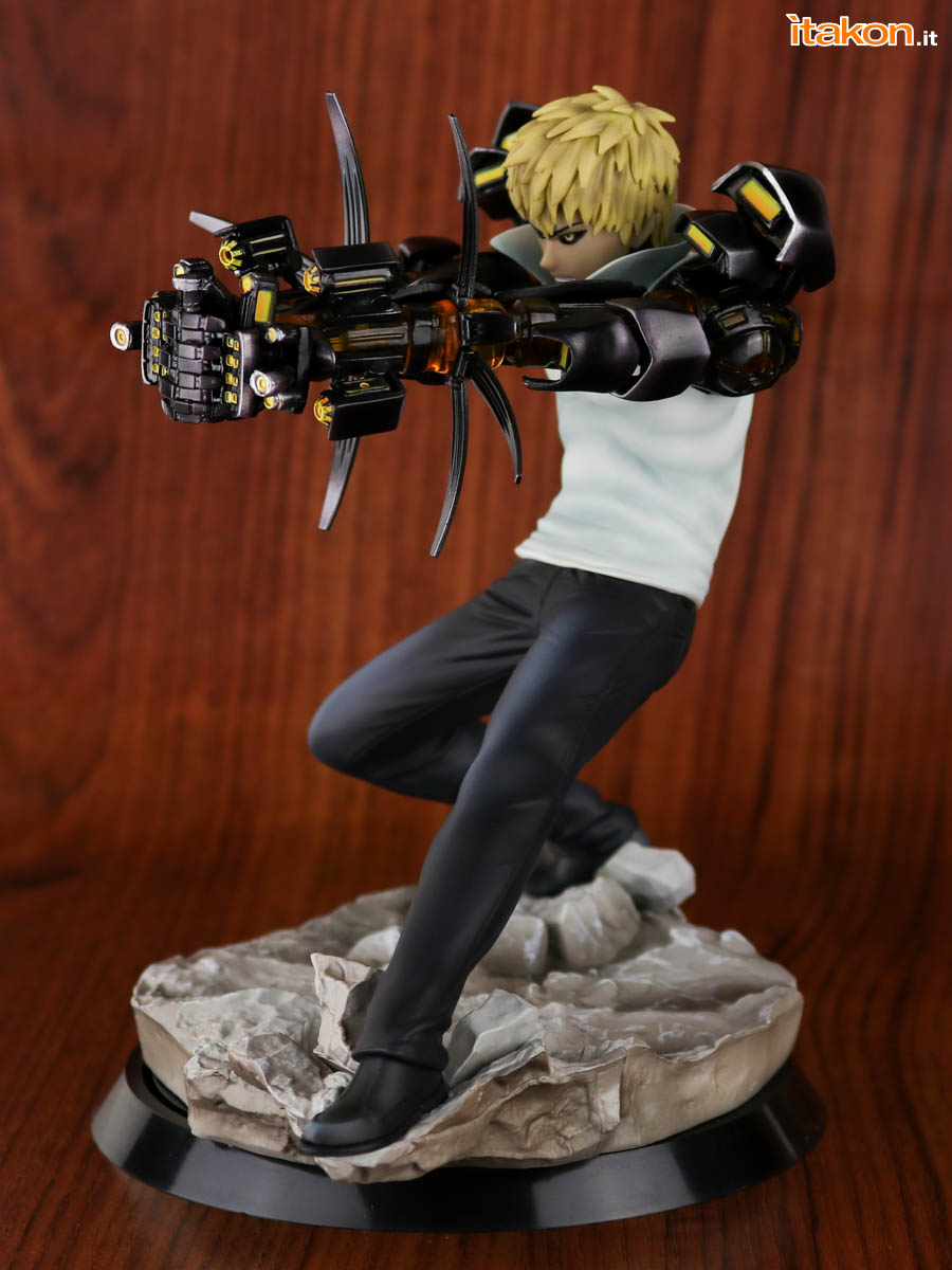 Link a Tsume_OPM_Genos_Xtra_Itakon_Review-15