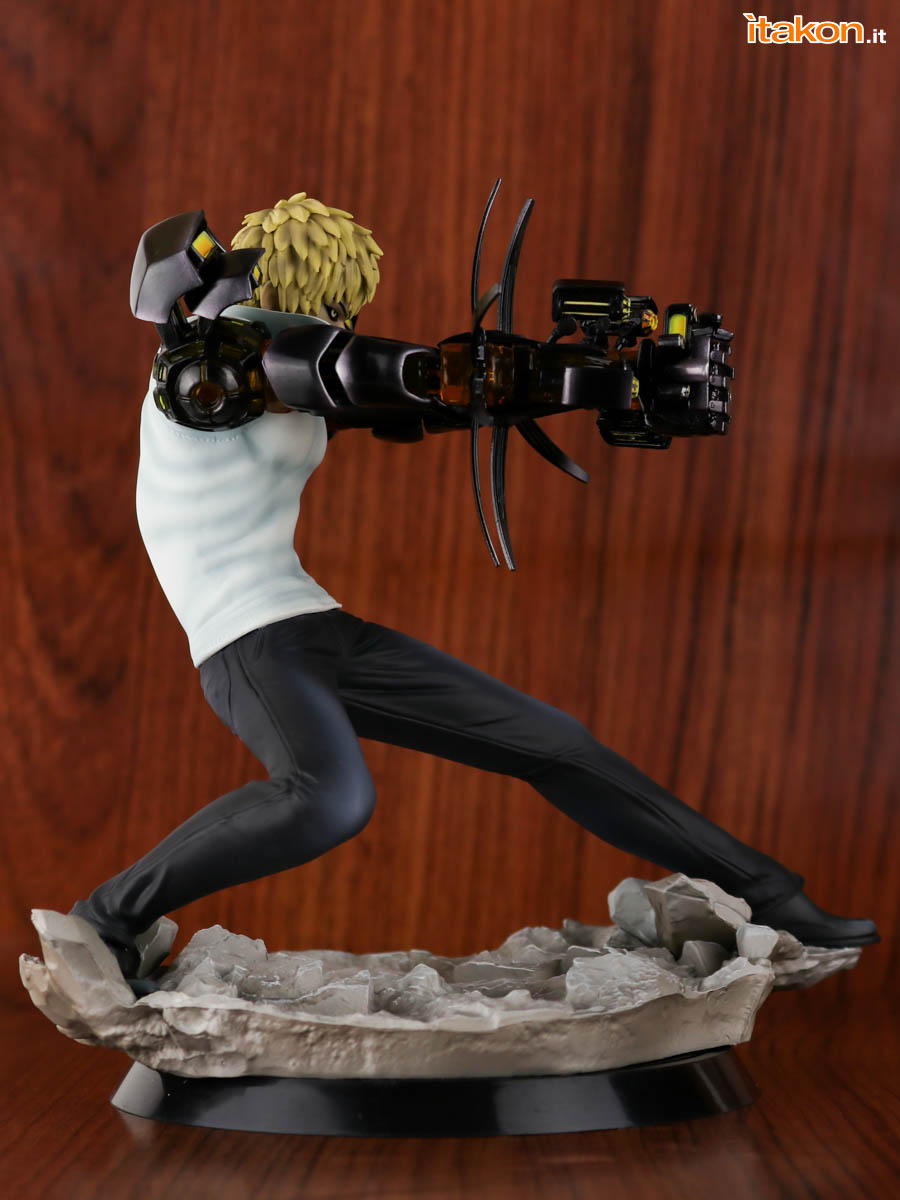Link a Tsume_OPM_Genos_Xtra_Itakon_Review-19