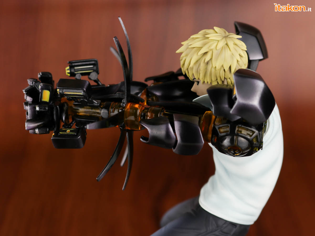 Link a Tsume_OPM_Genos_Xtra_Itakon_Review-27