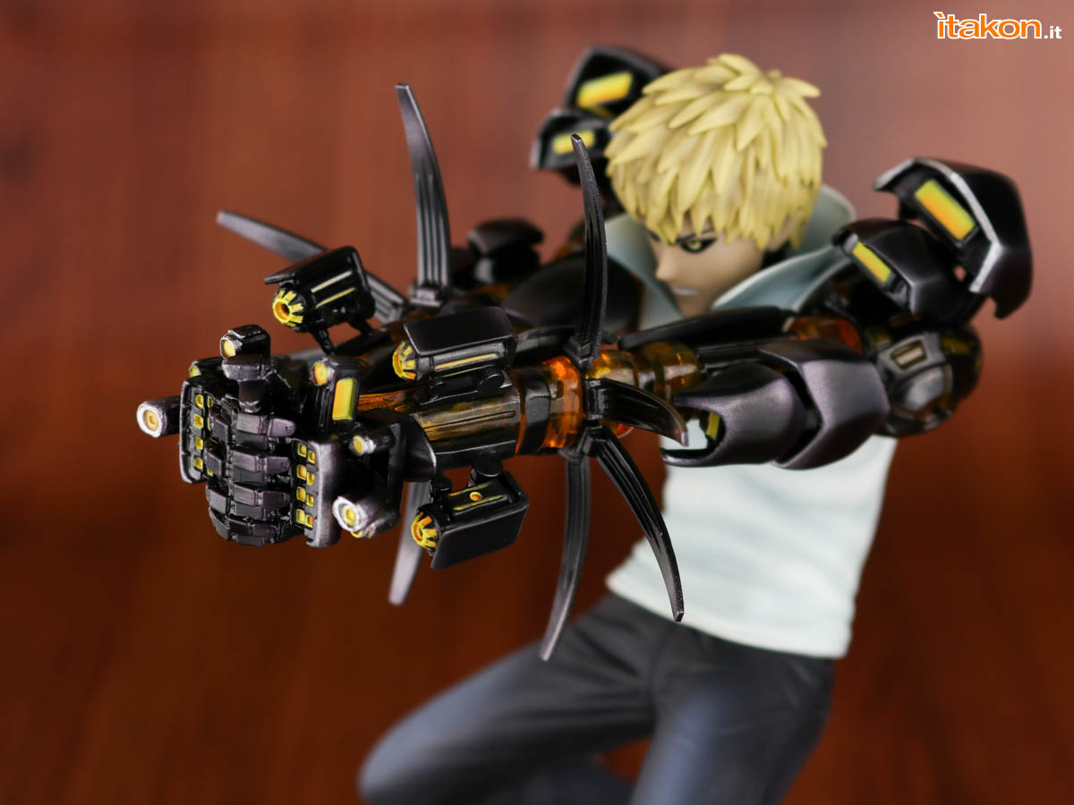 Link a Tsume_OPM_Genos_Xtra_Itakon_Review-28