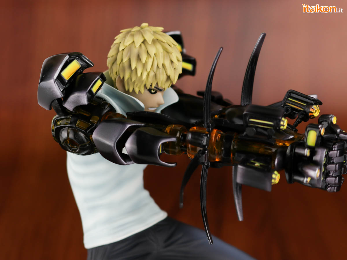 Link a Tsume_OPM_Genos_Xtra_Itakon_Review-33
