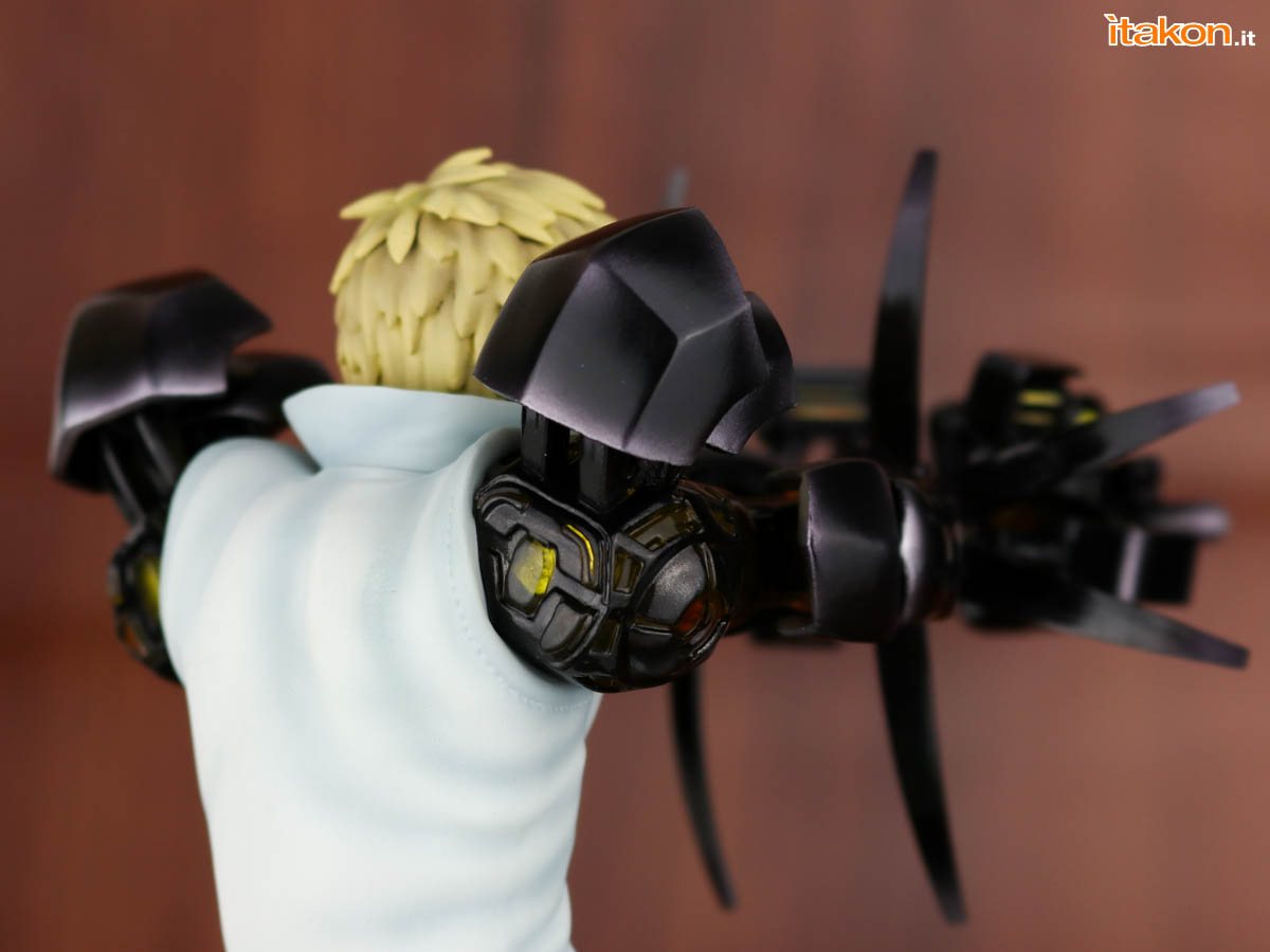 Link a Tsume_OPM_Genos_Xtra_Itakon_Review-35