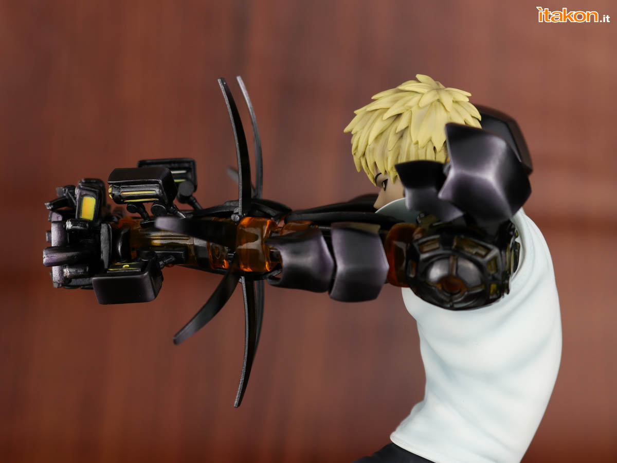 Link a Tsume_OPM_Genos_Xtra_Itakon_Review-38