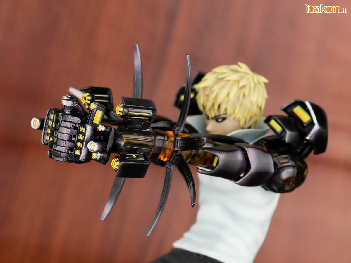 Link a Tsume_OPM_Genos_Xtra_Itakon_Review-39