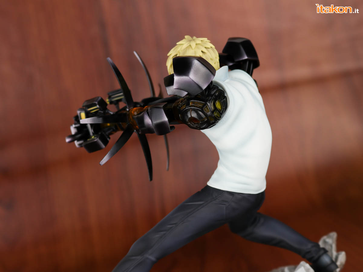 Link a Tsume_OPM_Genos_Xtra_Itakon_Review-41