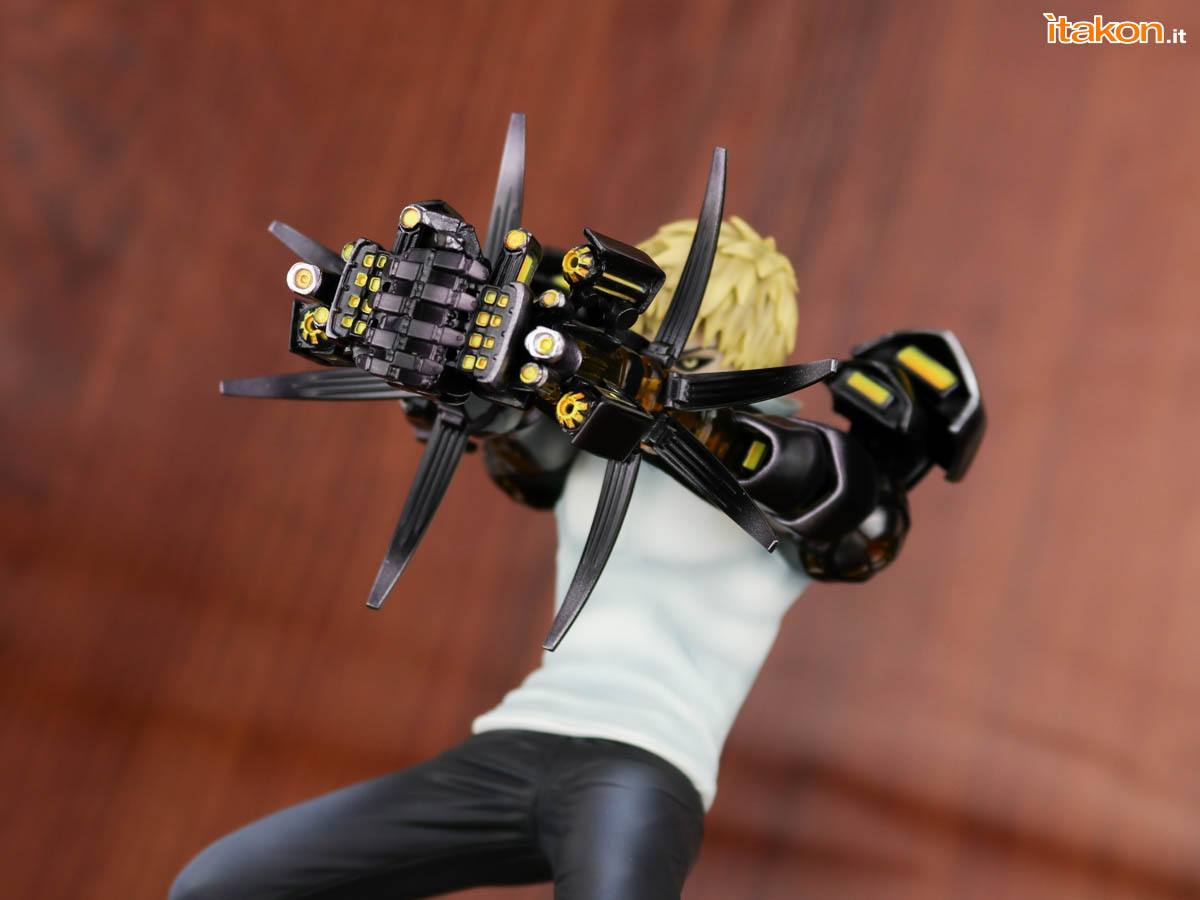 Link a Tsume_OPM_Genos_Xtra_Itakon_Review-47