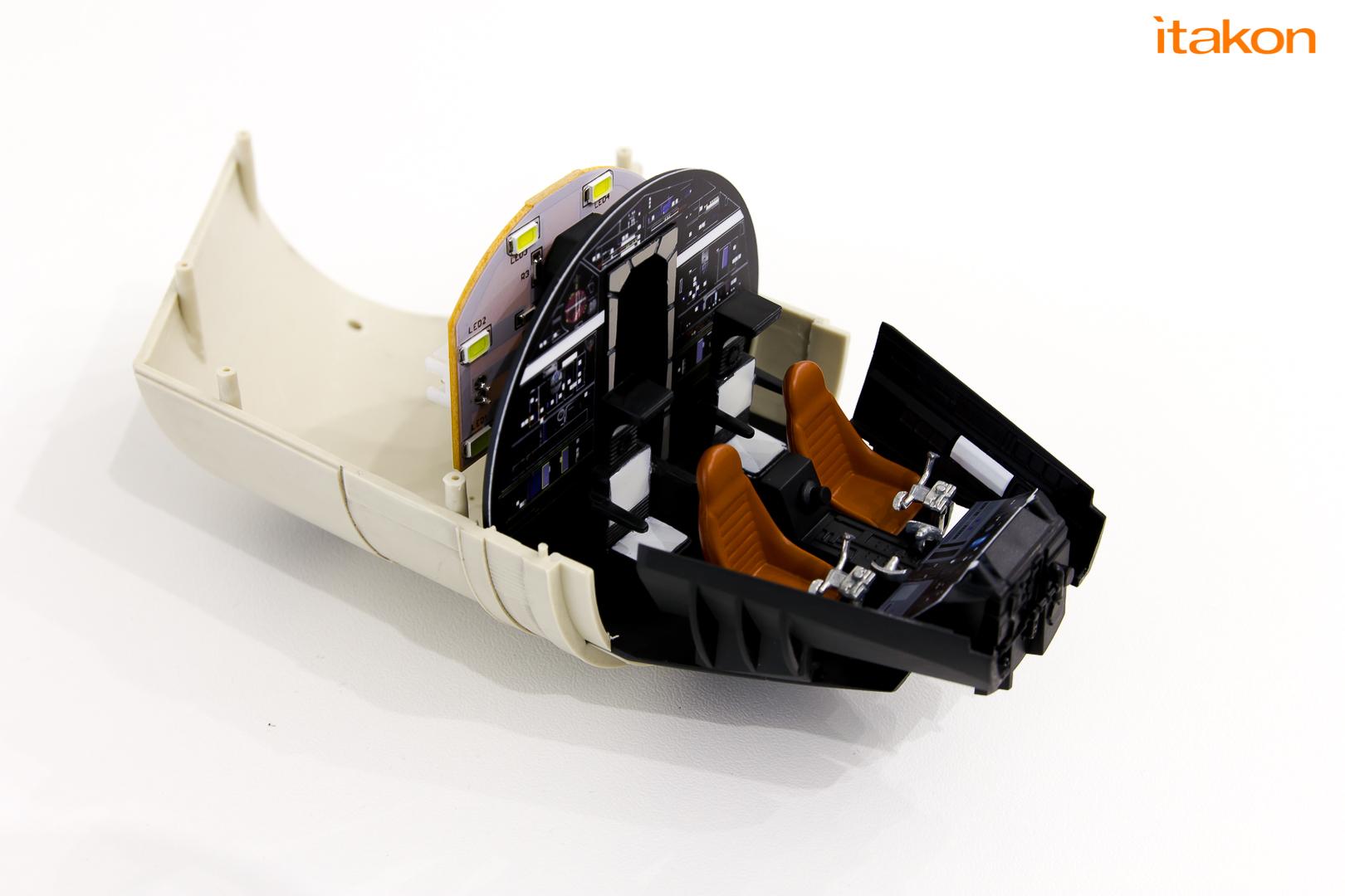Link a De Agostini ModelSpace Millenniun Falcon Itakon Anktales-31