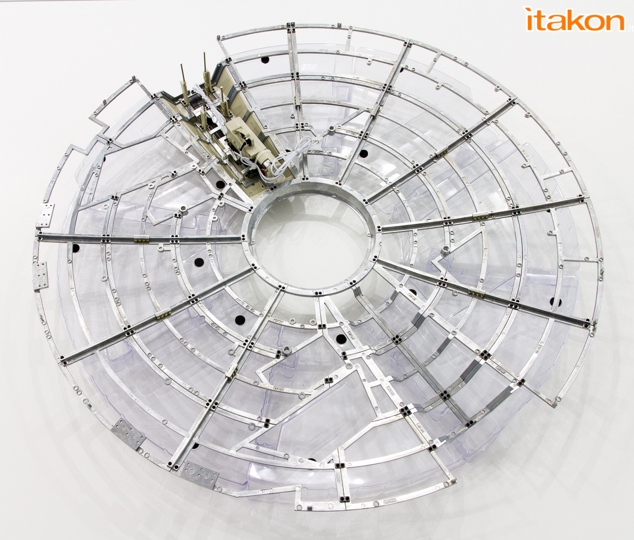 Link a Millennium Falcon DeAgostini Itakon_-3