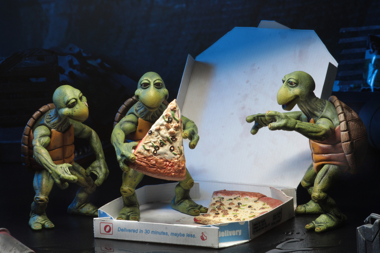 Link a NECA-TMNT-Baby-Turtles-Set-004