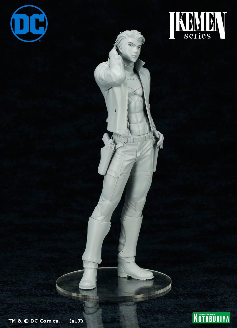 Link a Red-Hood-Ikemen-Statue