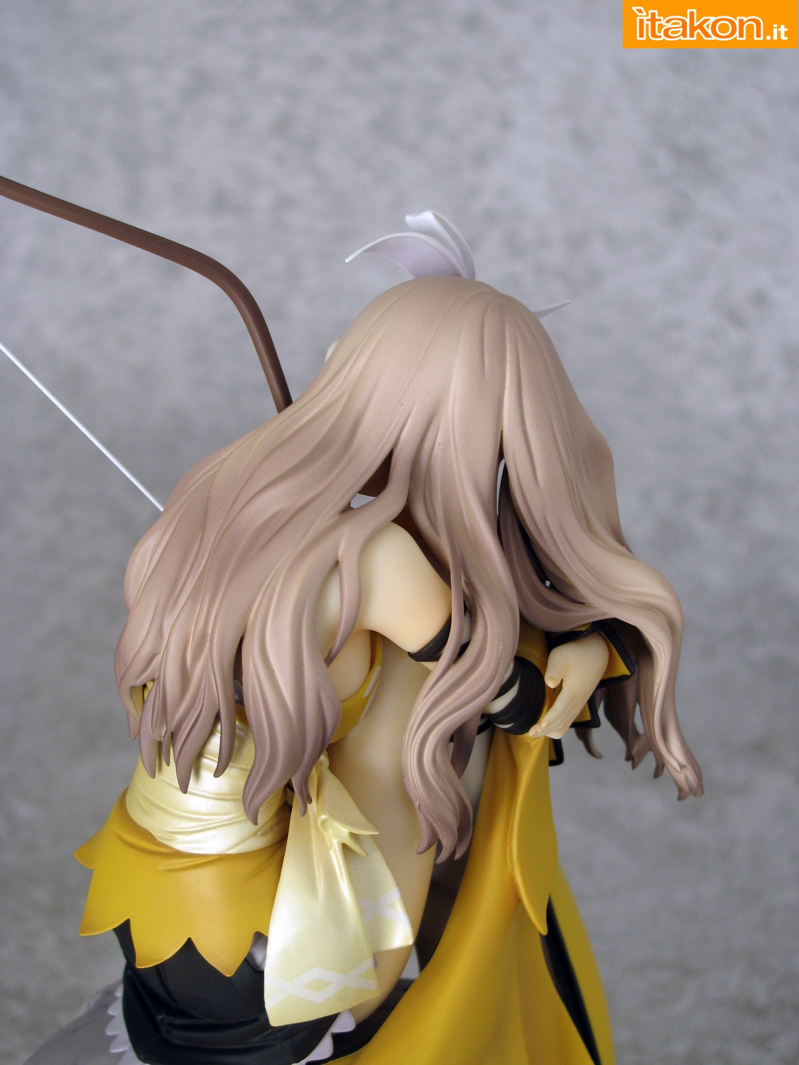 Link a 015 Kureha Shining Wind Orchid Seed Recensione