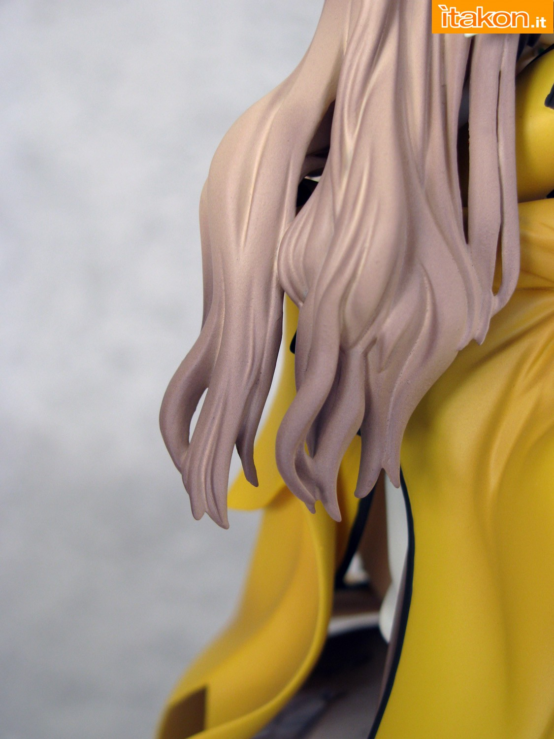 Link a 042 Kureha Shining Wind Orchid Seed Recensione