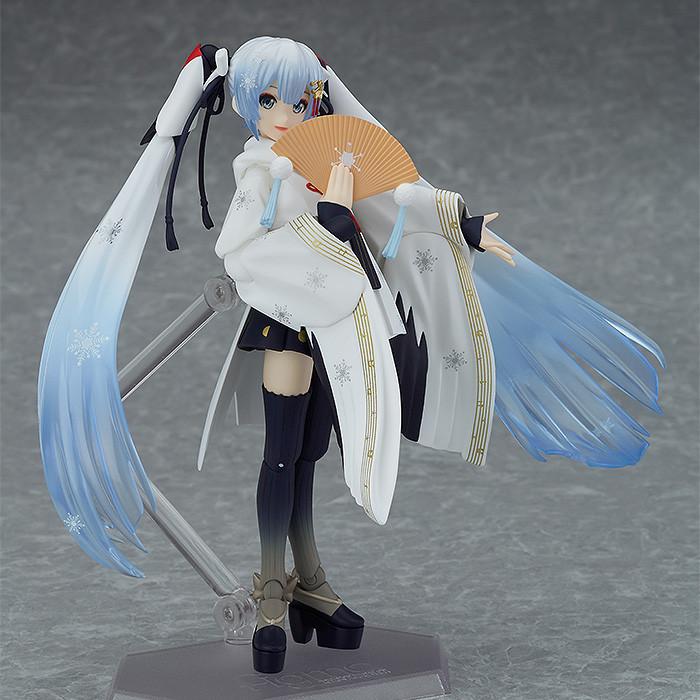 Link a figma Snow Miku Crane Priestess GSC info 02