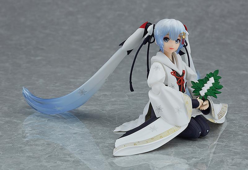 Link a figma Snow Miku Crane Priestess GSC info 05