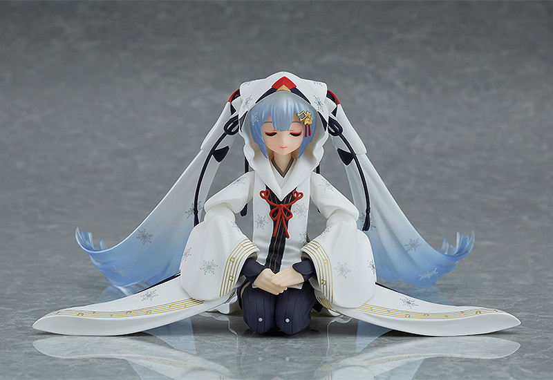 Link a figma Snow Miku Crane Priestess GSC info 06