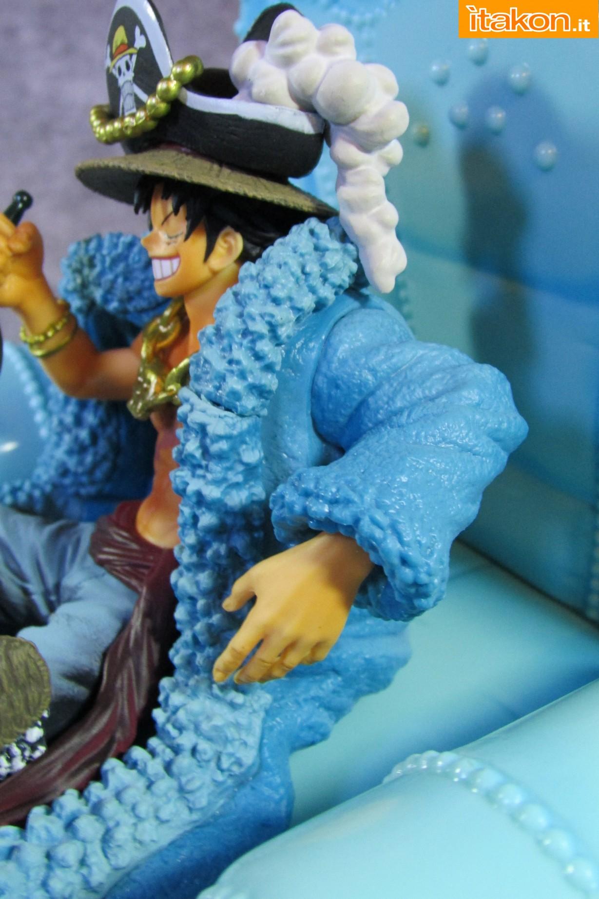 Link a Recensione Review Monkey D. Luffy One Piece 20th Anniversary ver. Figuarts ZERO di Bandai 29