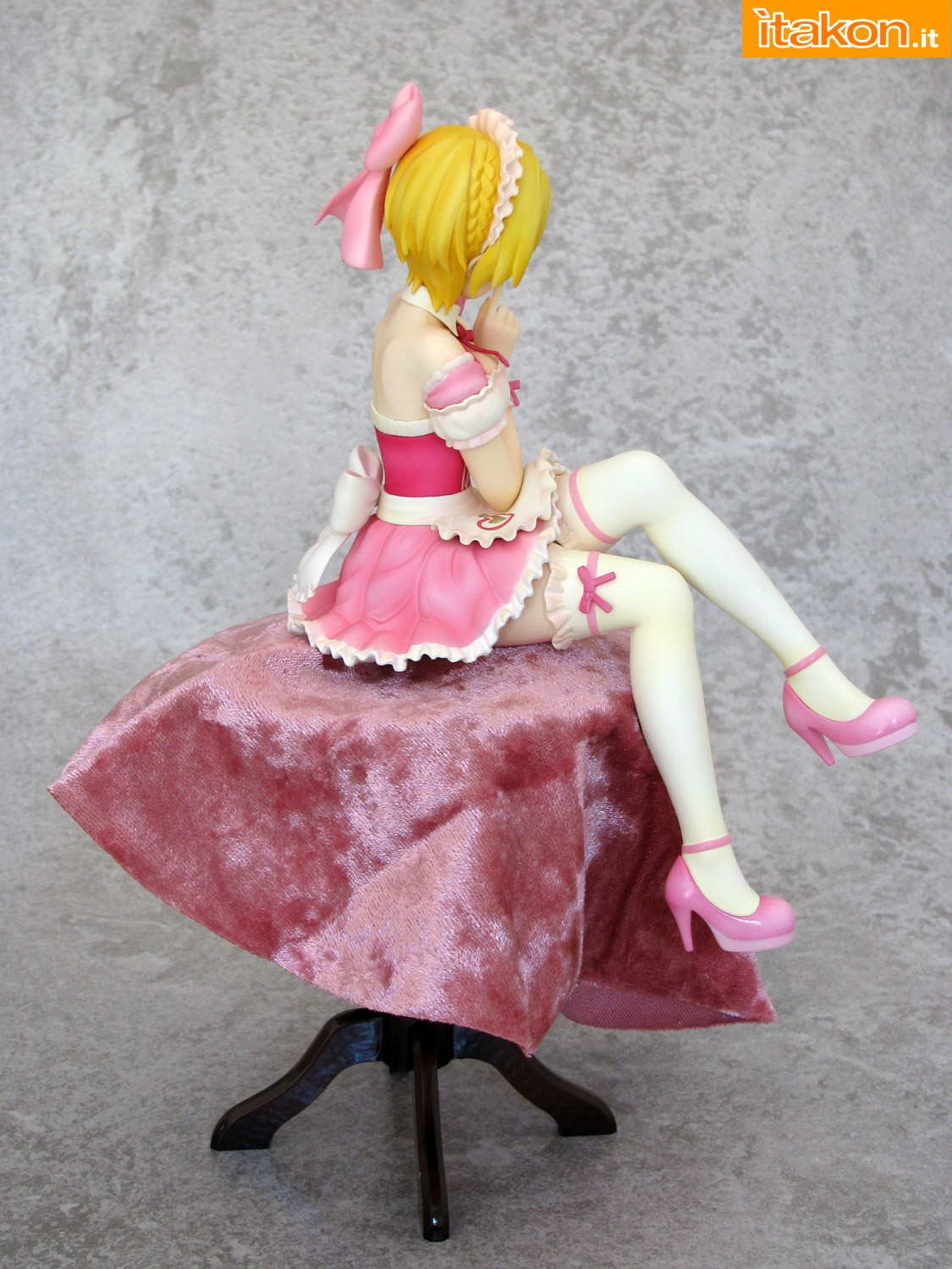 Link a 009 Frederica Miyamoto Little Devil Maid Phat recensione
