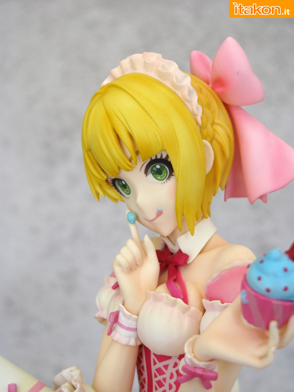 Link a 018 Frederica Miyamoto Little Devil Maid Phat recensione