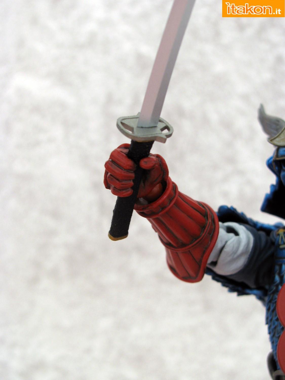 Link a 038 Samurai Captain America Manga Realization Bandai recensione