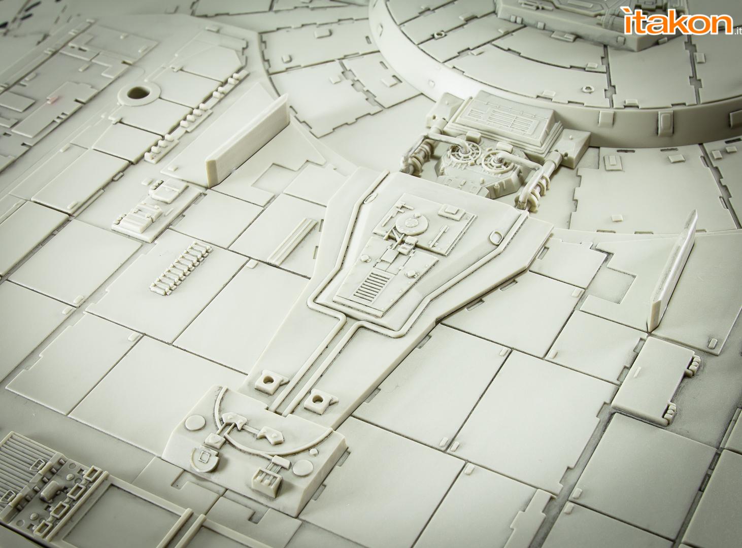 Link a De Agostini ModelSpace Millenniun Falcon Itakon _50