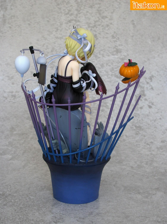 Link a 008 Koume Shirasaka Halloween IMAS Max Factory recensione