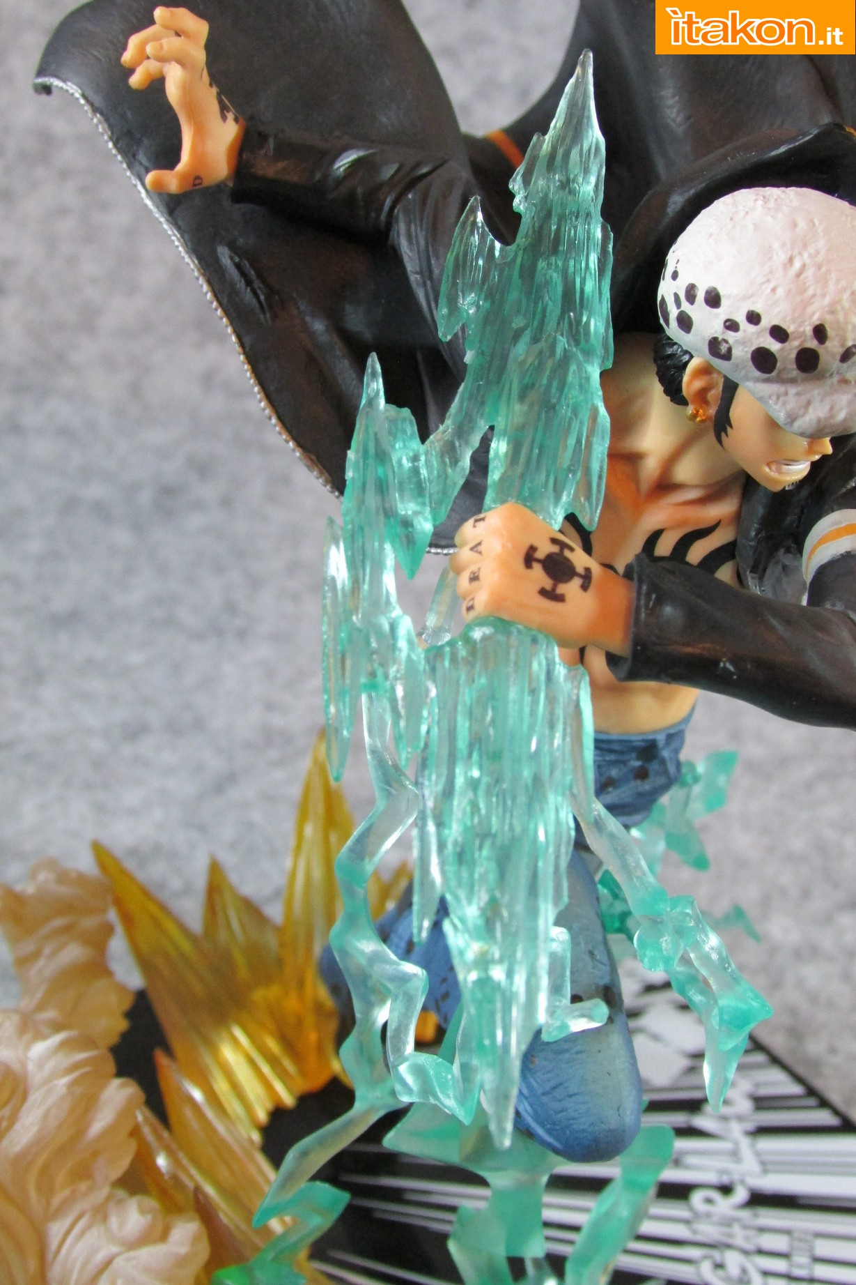 Link a One Piece Trafalgar Law Gamma Knife Figuarts ZERO Chou Gekisen Extra Battle Recensione Review Itakon.it 42