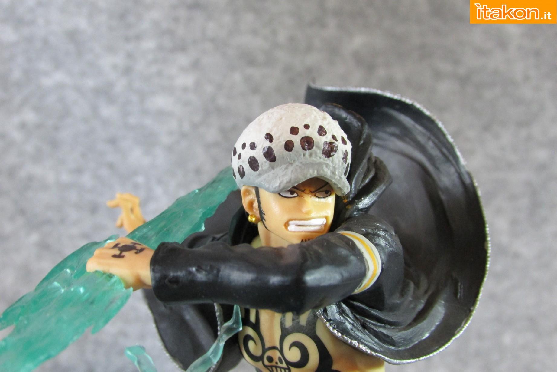 Link a One Piece Trafalgar Law Gamma Knife Figuarts ZERO Chou Gekisen Extra Battle Recensione Review Itakon.it 46