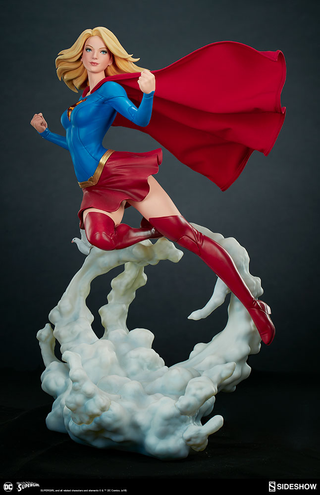 Link a dc-comics-supergirl-premium-format-figure-sideshow-300670-06